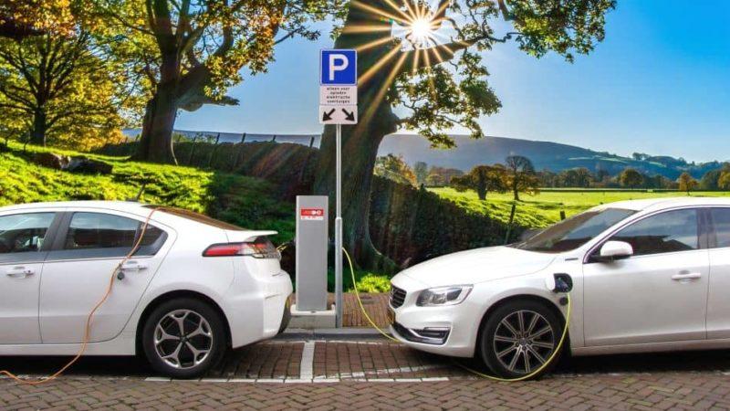 Plug In Hybrid - Titelbild