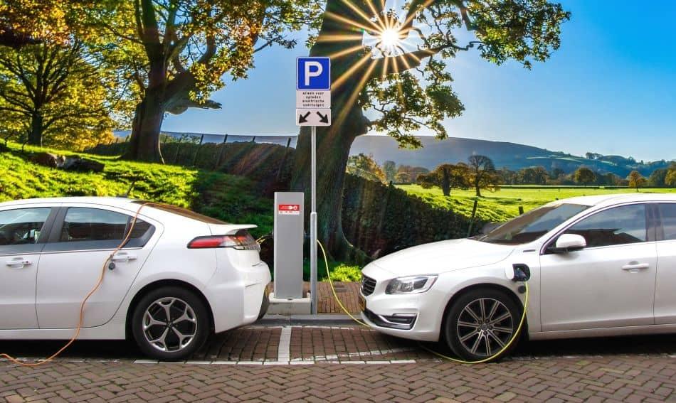 Plug In Hybrid 2019: Lohnt sich das? + Alle Modelle